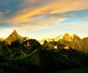 Эверест: 5 исторических восхождений на главную вершину мира