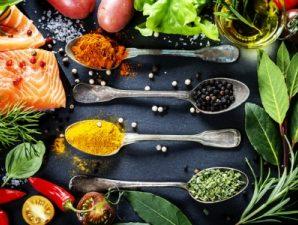 С каким продуктами сочетать  различные специи  и приправы?